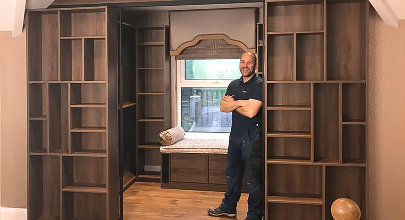 Landing Walk-in Wardrobe