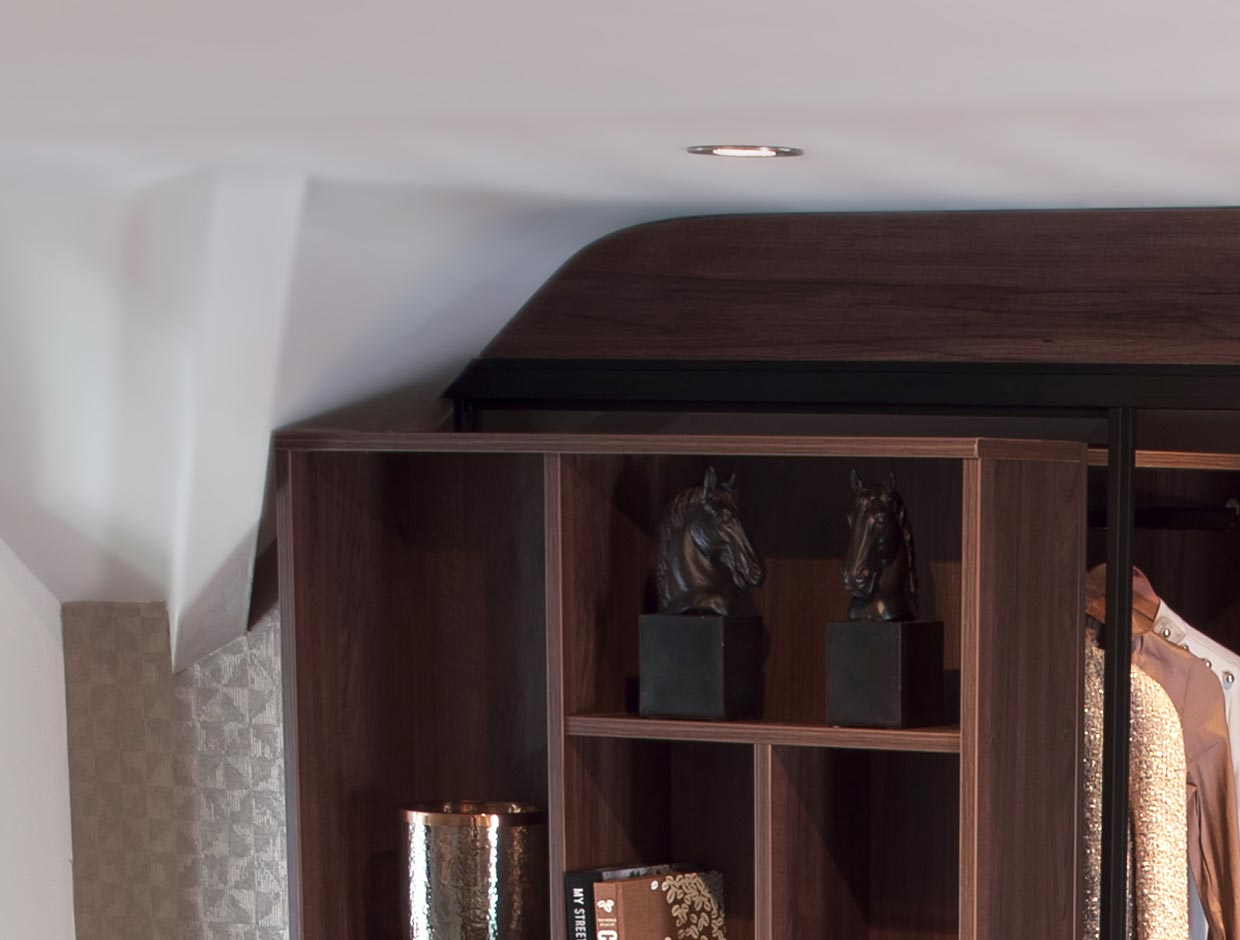 Chimney breasts and alcoves