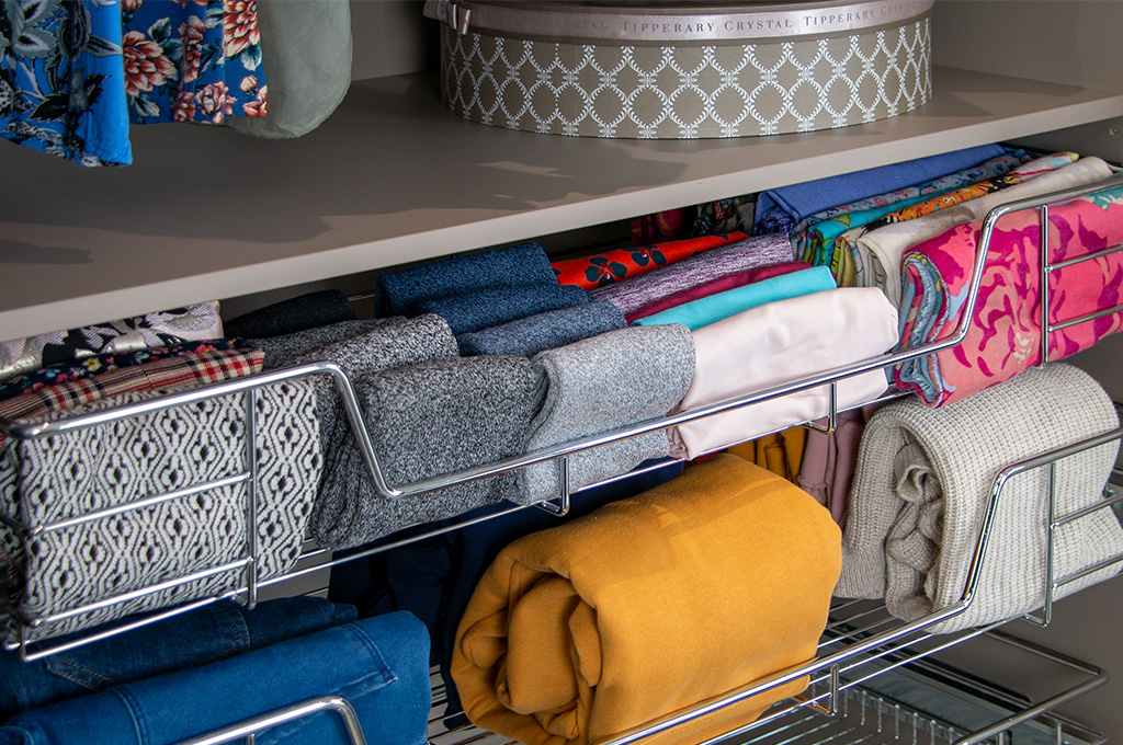 Serenity Sparks Joy: How to store your clothes